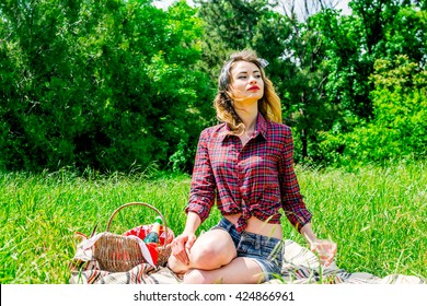 pinup girl at picnic