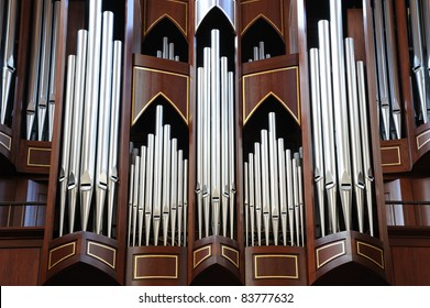 pipe organ in church in victoria, bc, canada