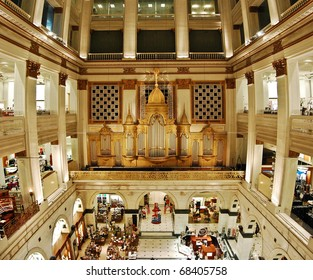 Pipe organ in the Wanamaker's department store (the largest in the world), Philadelphia, Pennsylvania.