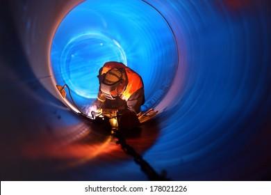 Rohrschweissung im Rohrleitungsbau