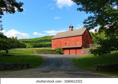 Piper Hill Barn