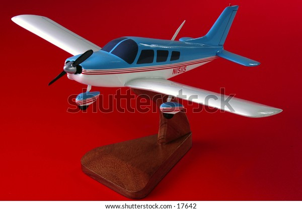 Piper PA28-180, Challenger