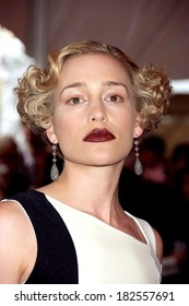 Piper Perabo at Superheroes Fashion and Fantasy Gala, Metropolitan Museum of Art Costume Institute, New York, NY, May 05, 2008