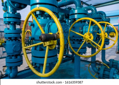 Piping control oil and gas valve