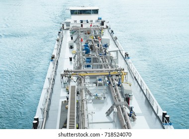 Piping system, pumps on board of tanker