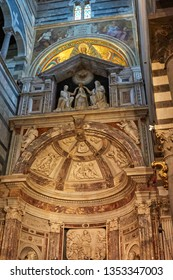 Pisa, Italy, March 2019: Panoramic view and interior details of Pisa Cathedral (Cattedrale Metropolitana Primaziale di Santa Maria Assunta), a medieval Roman Catholic cathedral in Pisa, Italy, Europe