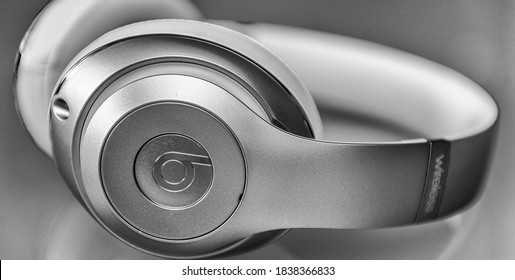 PISA, ITALY - MAY 26, 2015: Beats studio wireless headset. Beats by Dr. Dre has been acquired by Apple.
