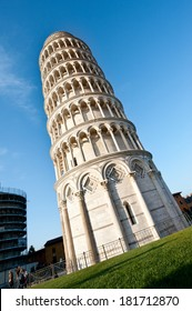 pisa square of tower