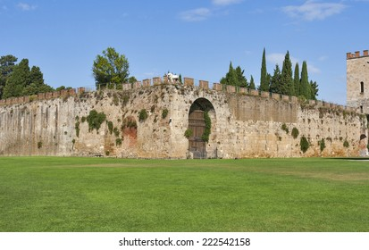 Pisa, Tuscany, Italy. New city walls, erected in 1156 by Consul Cocco Griffi.