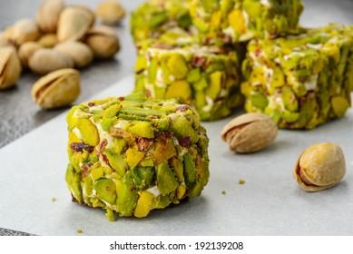 pistachio turkish delight dessert