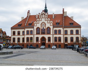 PISZ, POLAND - APRIL 11, 2014: Town hall in Pisz, built in 1900 , freshly renovated in 2013. Neogothic style. Johannisburg until 1946 (Jansbork)