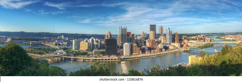 Pittsburgh, Pennsylvania panorama.