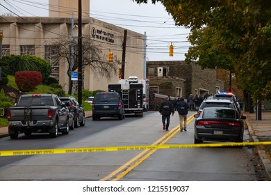 Pittsburgh, Pennsylvania / USA – Oct 27 2018: Police and FBI gather outside of Tree of Life synagogue in Pittsburgh, the scene of Saturday morning's mass shooting.