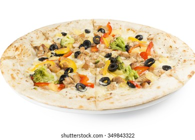 Pizza with chicken and peppers, broccoli and olives