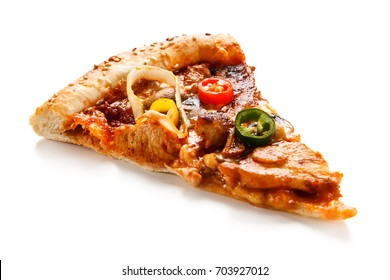 Pizza pepperoni with chicken and vegetables