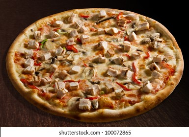 Pizza pollo with chicken breast, bell pepper and mushrooms - isolated Collection of dozens of various pizza (30 items)
