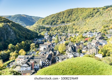 The place Altenahr in the Ahr valley at the foot of the castle Are, Germany