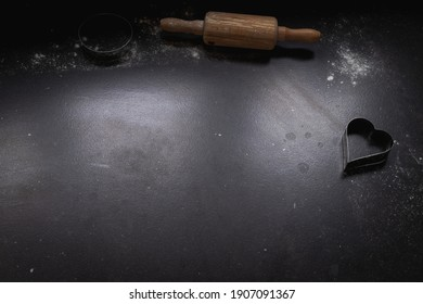 Place of baking, shaping dough, baking bread at home