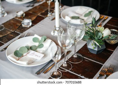 place cards with the guest's name on the plate. A beautiful table for any occasion, holiday, party or wedding.