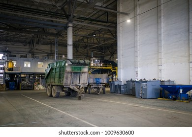 Placement of the workshop at the plant for the processing of plastic waste