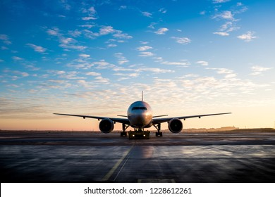 plane front view