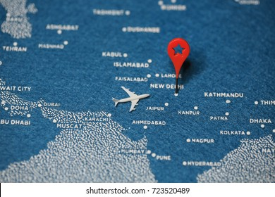 plane on map world wide traveling