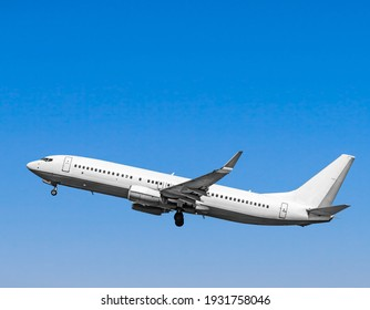 Plane at takeoff, the plane in the blue sky