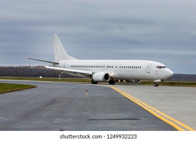 the plane taxis, passenger aircraft