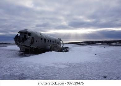 A plane wreck of a DC-3