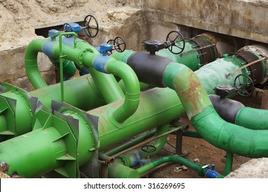 Planned repairs of municipal tubing. A node with valves.