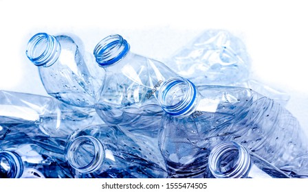 Plastic bottles that are rubbish can be recycled