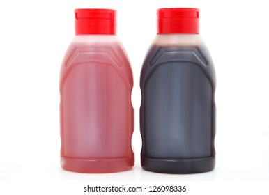 Plastic bottles with topping sauce