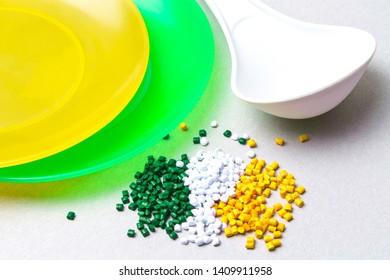Plastic granules and disposable tableware made of polyethylene, polypropylene. BPA FREE