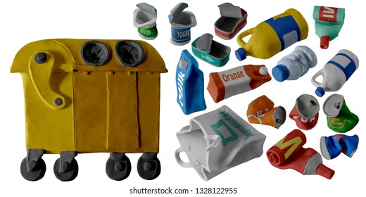 Plastic and metal waste set and trash can handmade with plasticine. Isolated on white background – Image