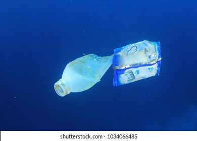 Plastic pollution in ocean