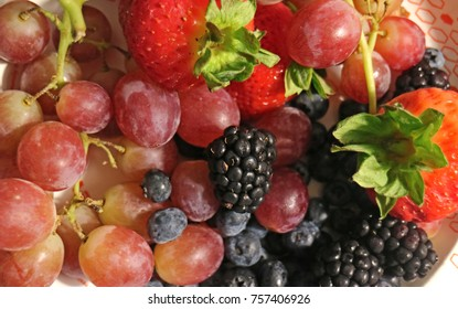 Plate of multiple fruits