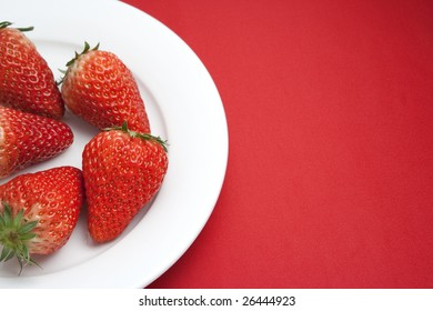 plate with strawberry