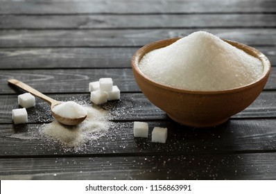 Plate with sugar.