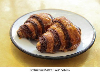 Plate with two Rugelach