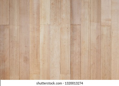 Plate wall of wood