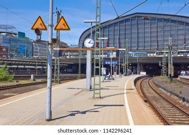 Platform at the railway station at Hamburg
