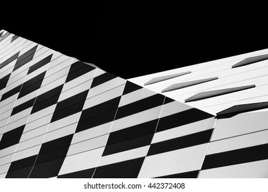 Play of Patterns and Lines