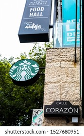 PLAYA DEL CARMEN-QUINTANA ROO-MEXICO-OCTOBER-2019: Sign announcing that in the Plaza Galeria Corazon has a Starbucks where you can relax by having a delicious coffee.