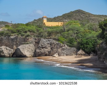 Playa Forti      Views around the small Caribbean island of Curacao