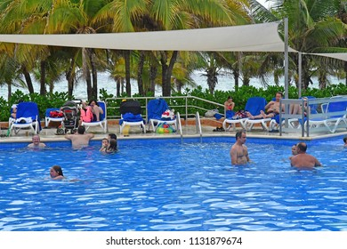 Playacar; United Mexican States - may 20 2018 : the Viva Wyndham Maya hotel pool
