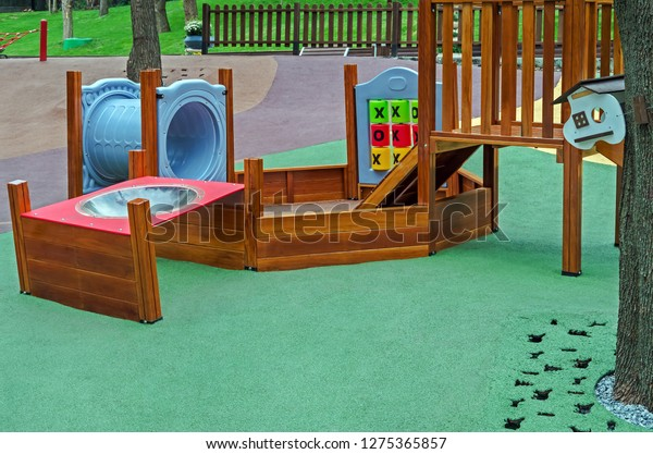 playground-children-made-plastic-wood-60