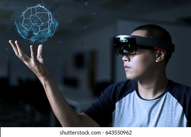 Playing magic | Virtual reality with hololens