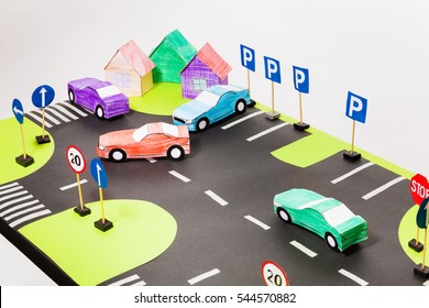 Playing set with crosswalks, parking and cars