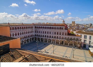 "The Plaza Alta de Badajoz (Spain) was for centuries the center of the city since it exceeded the limits of the Muslim citadel. It was formerly known as public plaza or simply ""the square""."