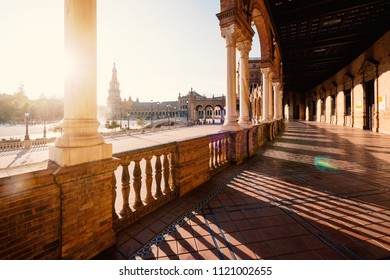 Plaza de Espana (Spain Square), built on 1928, it is one example of the Regionalism Architecture mixing Renaissance and Moorish styles. Seville, Spain.